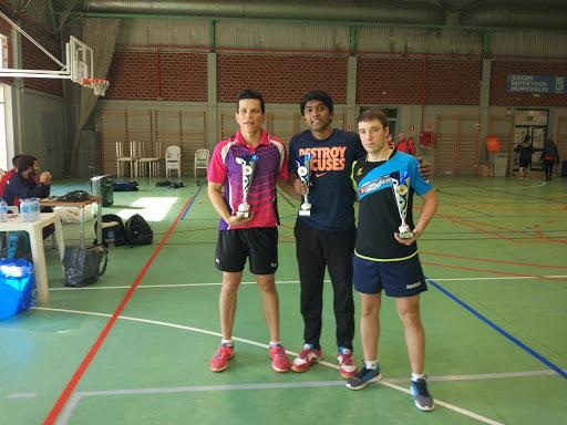 """Imagen ganadores torneo de tenis de mesa """"FIestas del Barrio del Pilar"""""""